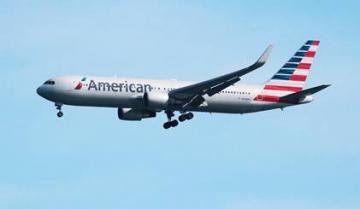 Un avion de American Airlines