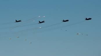 Les avions Su-25