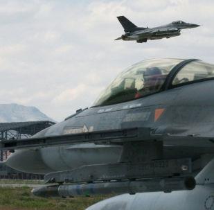 Chasseurs turcs  F-16