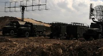 Equipements russes dans une base aérienne de Lattaquié