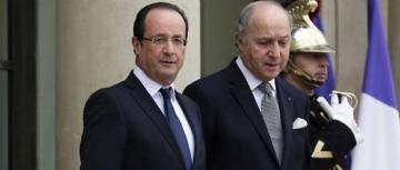 François Hollande et Laurent Fabius, sur le perron de l'Élysée.