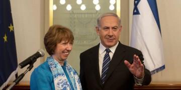 La chef de la diplomatie européenne, Catherine Ashton, et le premier ministre israélien, Benyamin Netanyahou, en juin à Jérusalem.