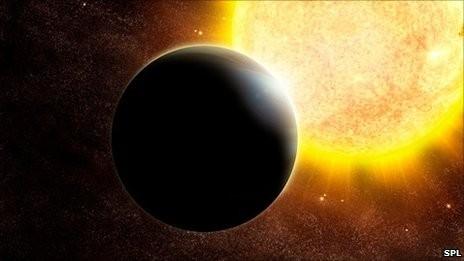 _49110043_r650281-gas_giant_exoplanet-spl.jpg