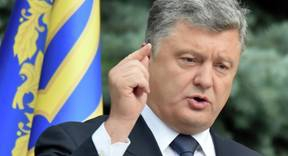 Ukrainian President Petro Poroshenko addresses medias in Kiev on July 1, 2015.