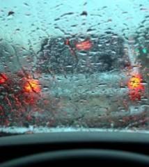les-pluies-diluviennes-meurtrieres-a-la-reunion_24079_w250.jpg