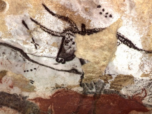 Paleolithic_wall_art_in_Lascaux_Wallpaper_2ftmu.jpg