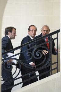 Avant d'entrer à l'Elysée, il a demandé à avoir la main sur l'économie, le social et l'Europe.