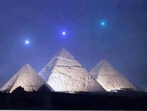 PlanetsoverGiza.jpg