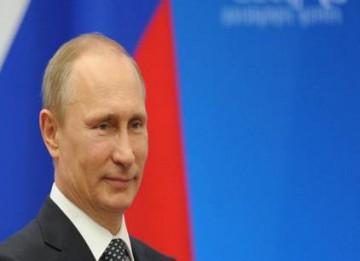 Crimée: Poutine approuve l'adhésion à la Russie